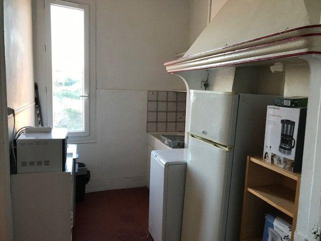 Appartement à louer 2 39.68m2 à Ollioules vignette-6