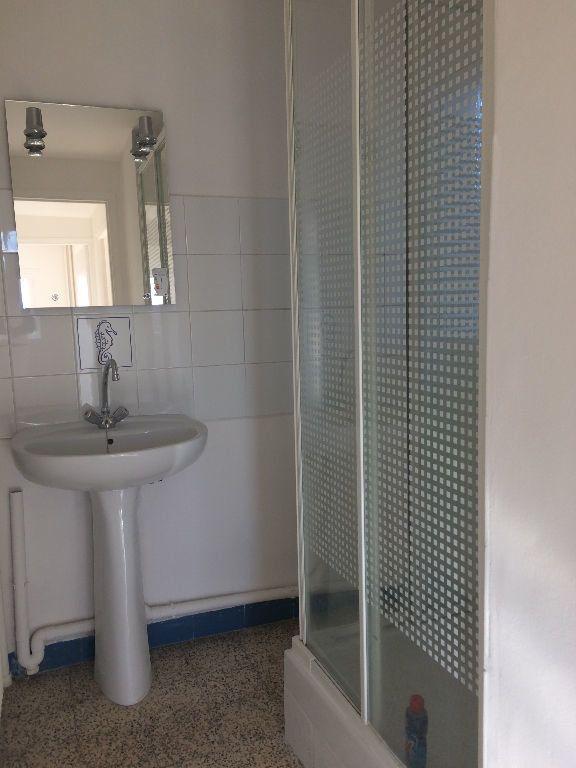 Appartement à louer 3 53.08m2 à Toulon vignette-6