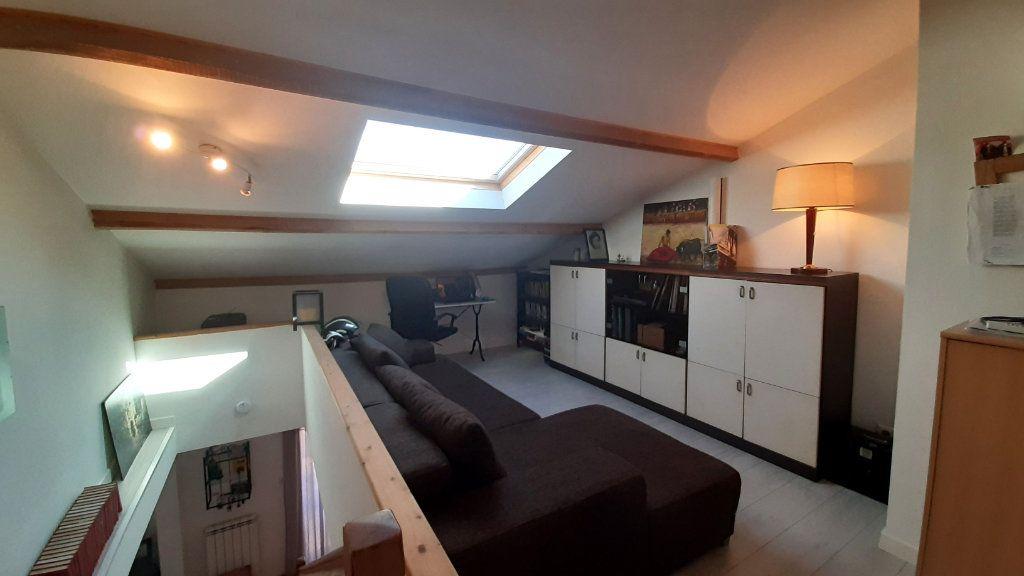 Appartement à vendre 4 52.45m2 à Ollioules vignette-6
