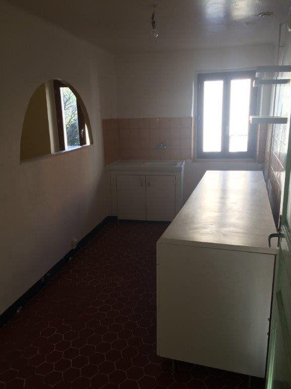 Appartement à louer 2 49m2 à Ollioules vignette-3