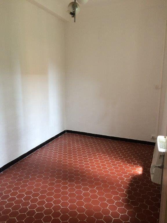 Appartement à louer 2 49m2 à Ollioules vignette-5