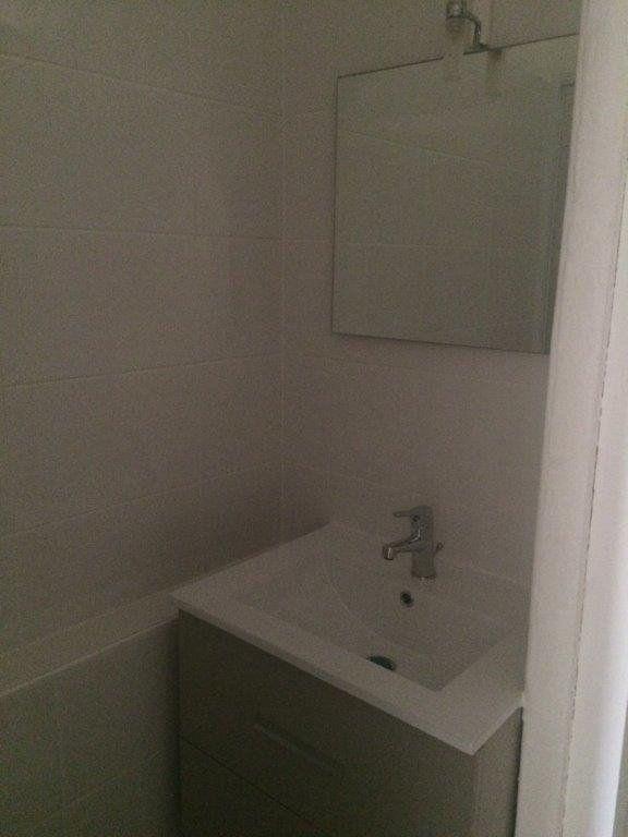 Appartement à louer 2 49m2 à Ollioules vignette-8