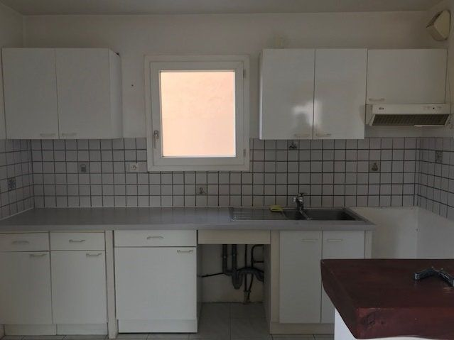 Appartement à louer 3 57m2 à Ollioules vignette-3