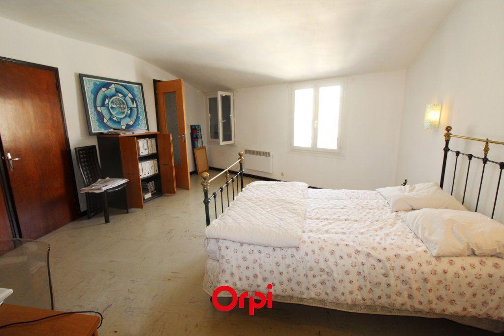 Maison à vendre 8 150m2 à Le Beausset vignette-5