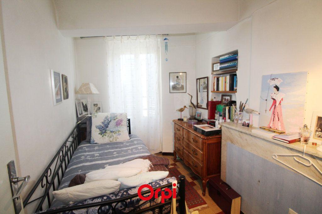 Maison à vendre 8 150m2 à Le Beausset vignette-8