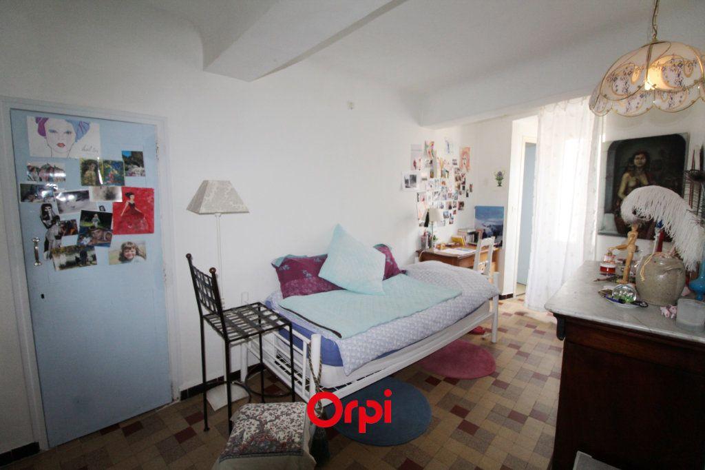Maison à vendre 8 150m2 à Le Beausset vignette-9
