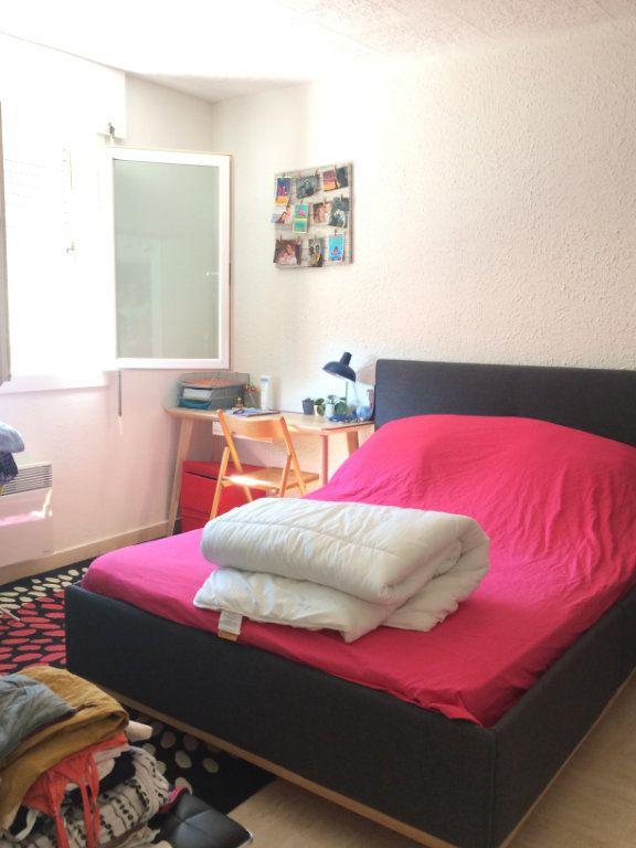 Appartement à louer 2 45.56m2 à Sanary-sur-Mer vignette-7