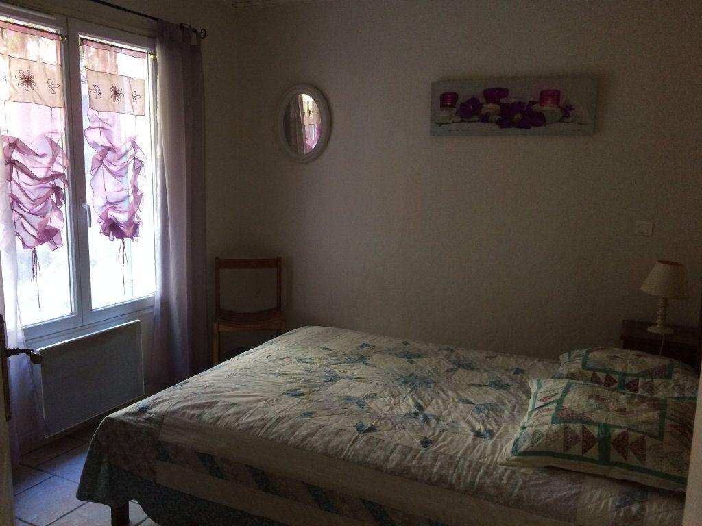 Appartement à louer 2 45m2 à Sanary-sur-Mer vignette-4