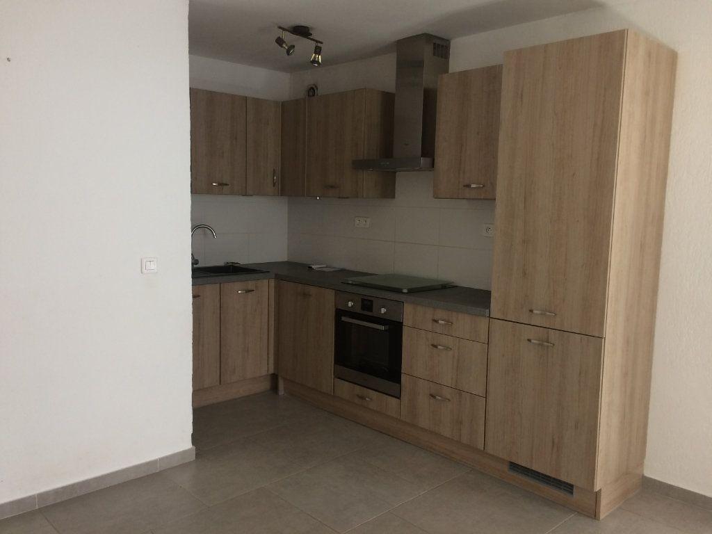 Appartement à louer 2 47.85m2 à Toulon vignette-6