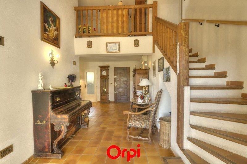 Maison à vendre 7 175m2 à Sanary-sur-Mer vignette-2