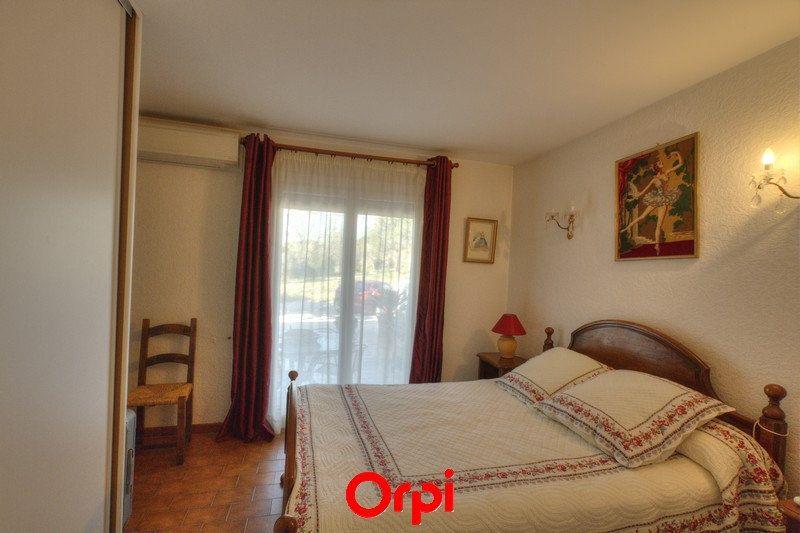Maison à vendre 7 175m2 à Sanary-sur-Mer vignette-8