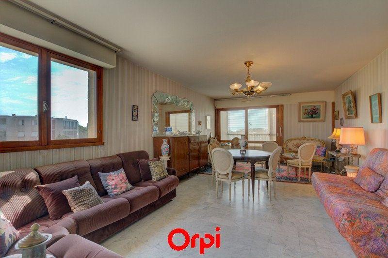 Appartement à vendre 3 63m2 à Six-Fours-les-Plages vignette-1