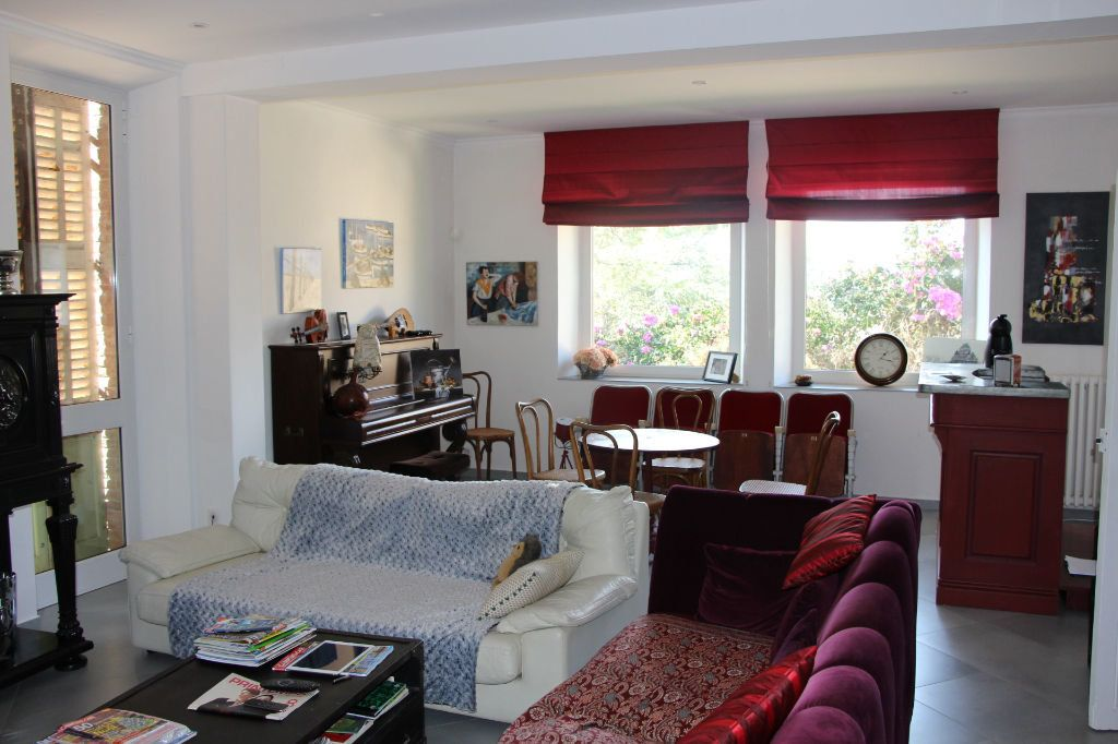Maison à vendre 14 470m2 à Ollioules vignette-4