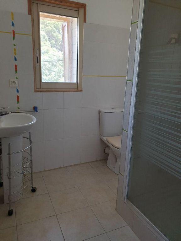 Appartement à louer 4 84.05m2 à Saint-Cyr-sur-Mer vignette-7