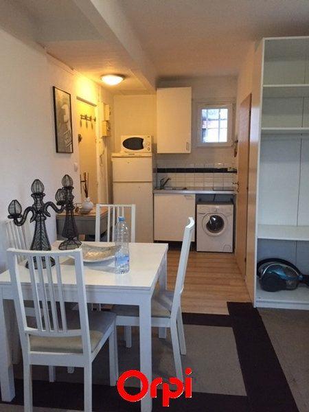 Appartement à vendre 1 18m2 à Sanary-sur-Mer vignette-1