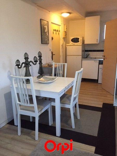 Appartement à vendre 1 18m2 à Sanary-sur-Mer vignette-8