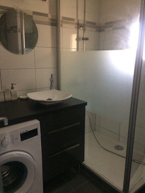 Appartement à louer 2 29m2 à La Seyne-sur-Mer vignette-4