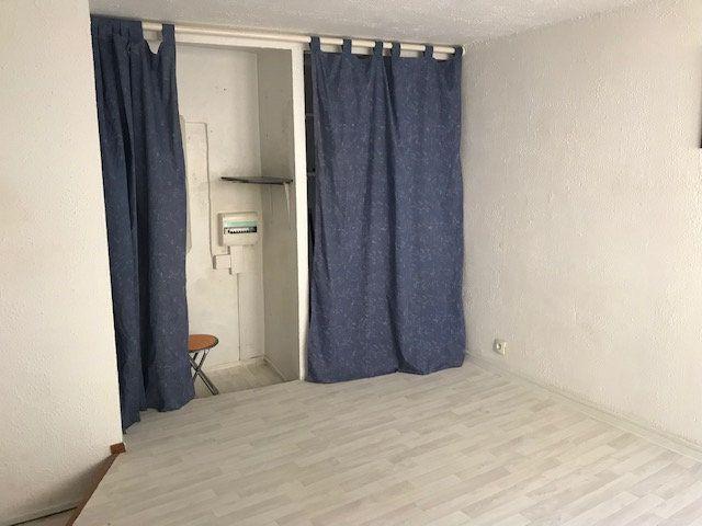 Appartement à louer 1 20m2 à Ollioules vignette-2