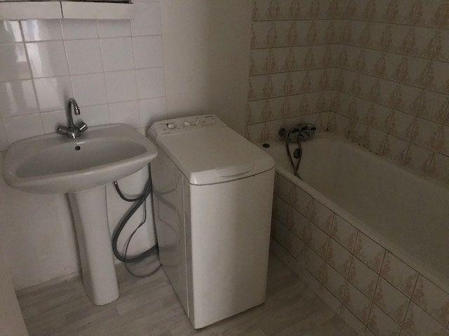 Appartement à louer 1 20m2 à Ollioules vignette-4