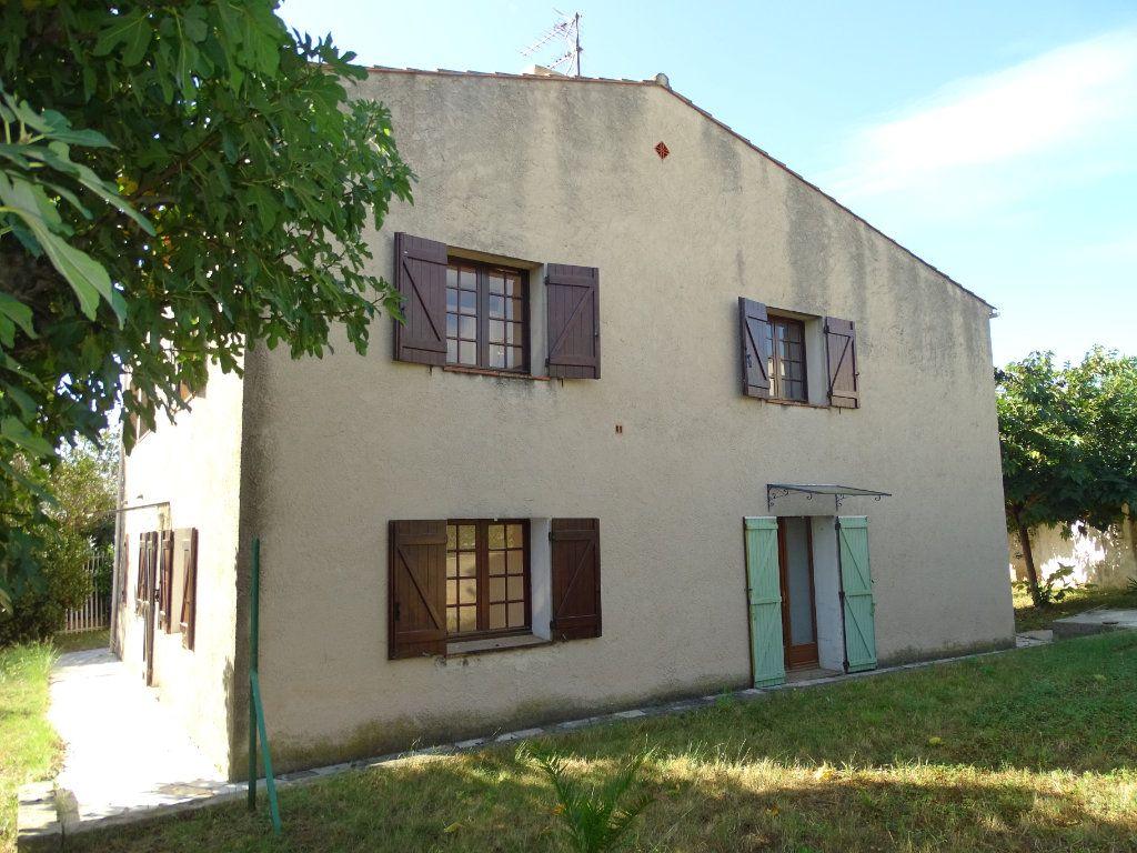 Maison à vendre 6 142m2 à Sanary-sur-Mer vignette-4