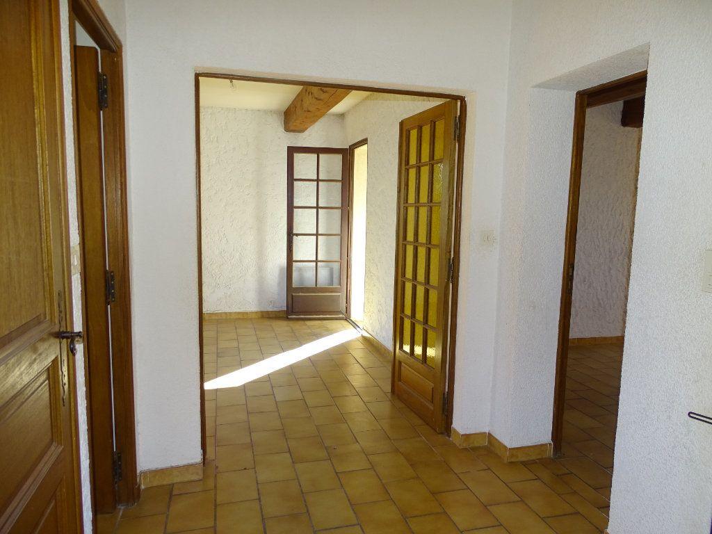 Maison à vendre 6 142m2 à Sanary-sur-Mer vignette-11