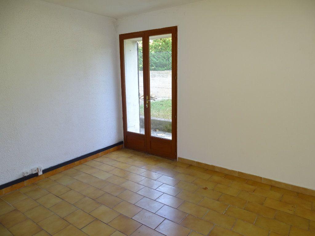 Maison à vendre 6 142m2 à Sanary-sur-Mer vignette-13