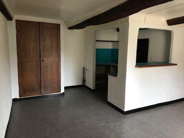 Appartement à louer 1 26m2 à Le Beausset vignette-2