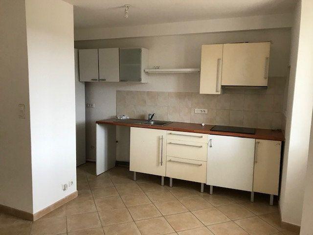 Appartement à louer 3 62m2 à Le Beausset vignette-5