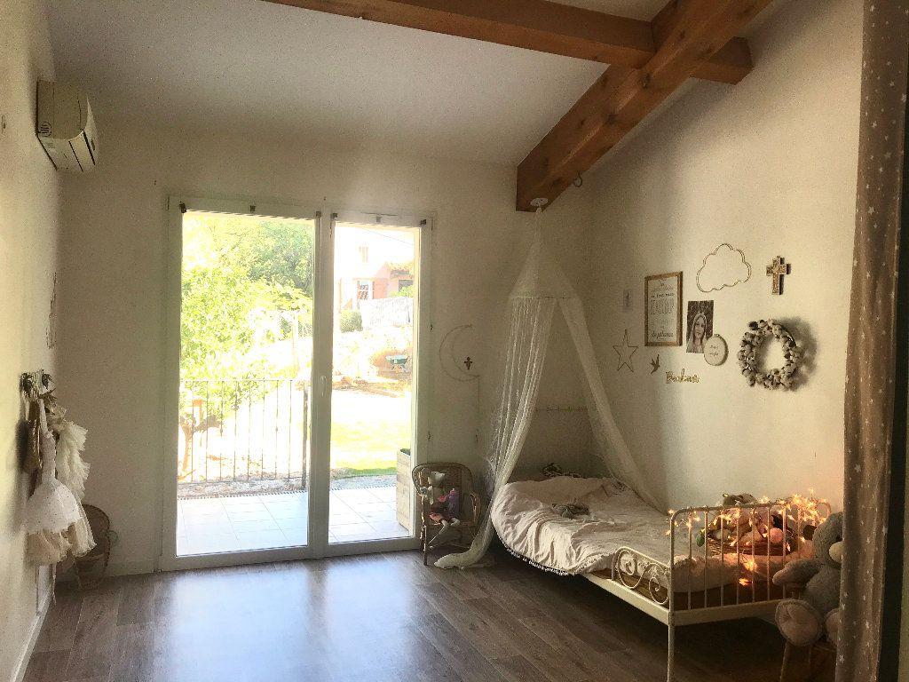 Maison à vendre 6 140m2 à Sanary-sur-Mer vignette-3
