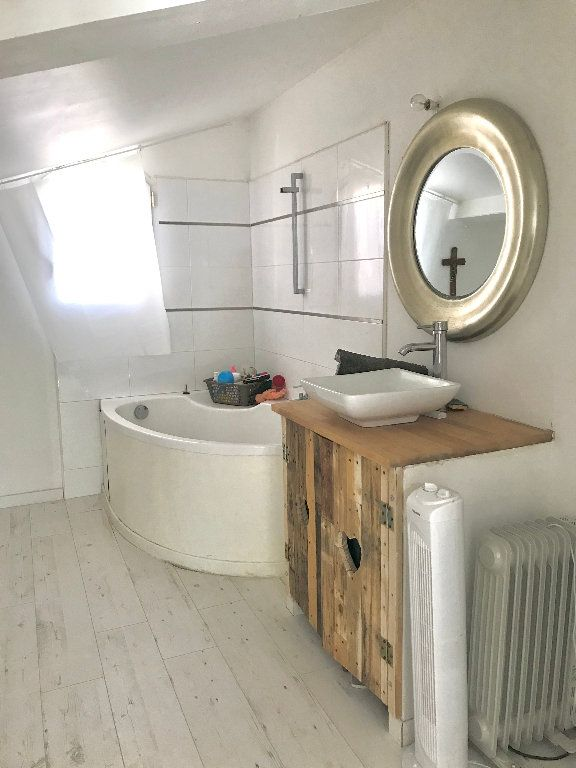 Maison à vendre 6 140m2 à Sanary-sur-Mer vignette-7