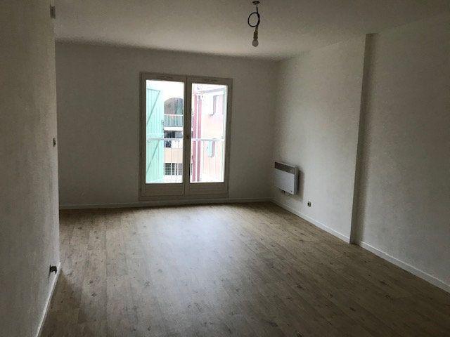 Appartement à louer 1 37m2 à Ollioules vignette-2