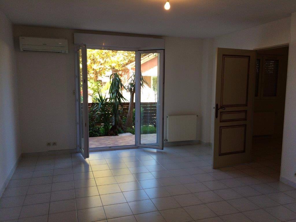 Appartement à louer 2 44m2 à Ollioules vignette-3