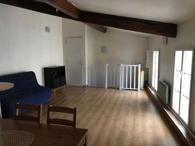 Appartement à louer 2 42.9m2 à Ollioules vignette-2