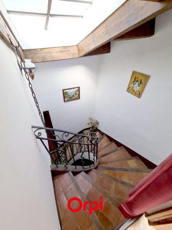 Maison à vendre 4 130m2 à Le Beausset vignette-4