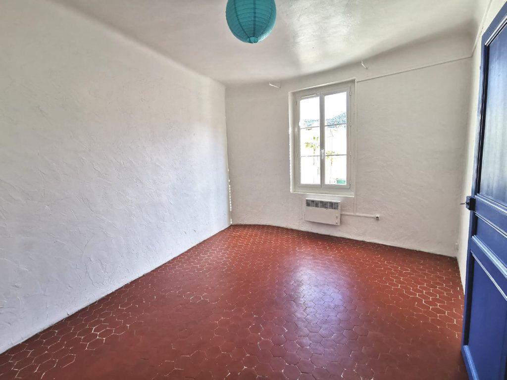 Appartement à vendre 2 37m2 à Ollioules vignette-4