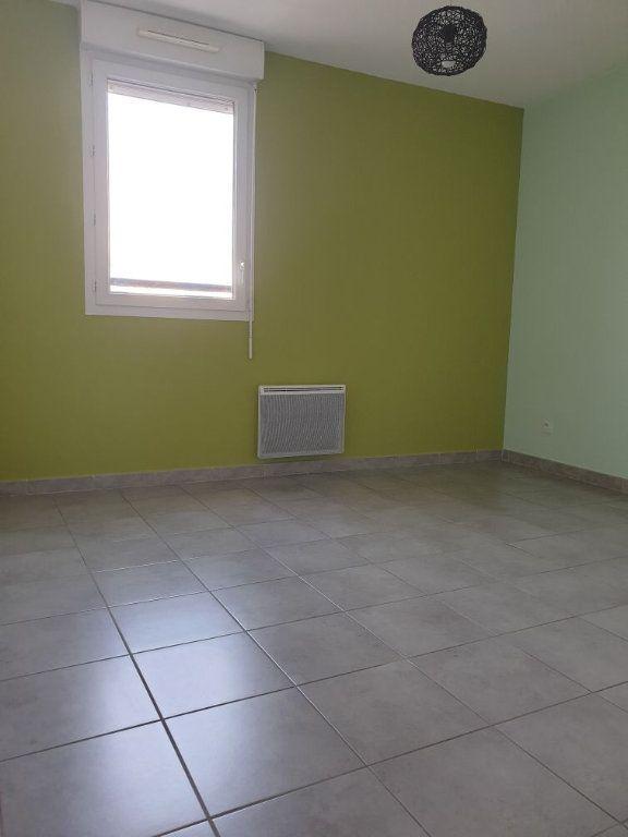 Appartement à louer 2 38.41m2 à La Seyne-sur-Mer vignette-6