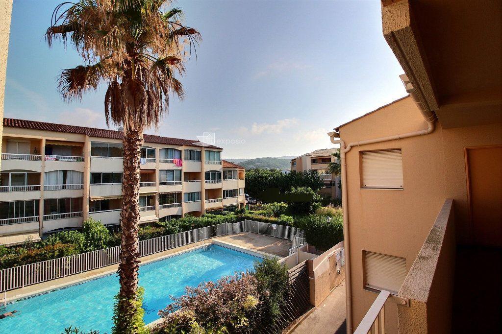 Appartement à vendre 2 23.64m2 à Sanary-sur-Mer vignette-1