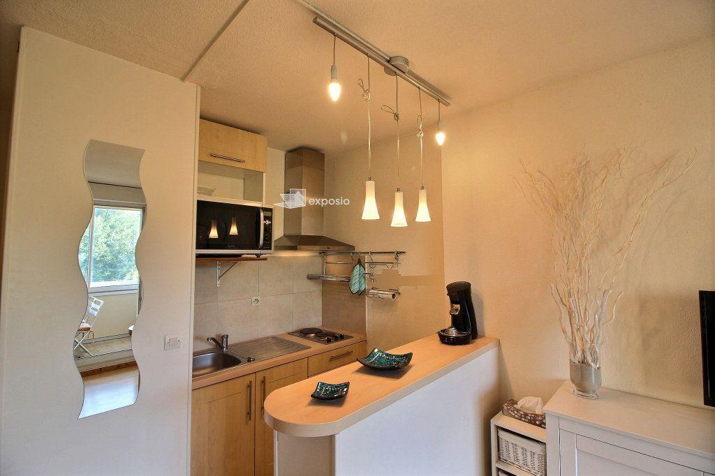Appartement à vendre 2 23.64m2 à Sanary-sur-Mer vignette-4