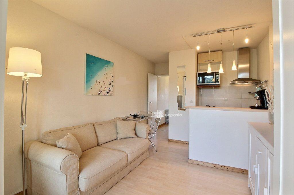 Appartement à vendre 2 23.64m2 à Sanary-sur-Mer vignette-5