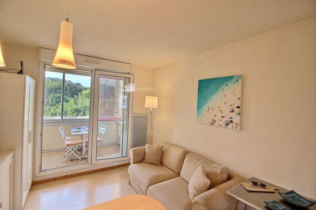 Appartement à vendre 2 23.64m2 à Sanary-sur-Mer vignette-6