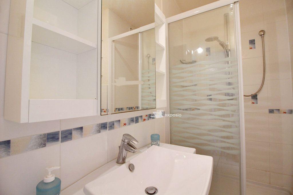 Appartement à vendre 2 23.64m2 à Sanary-sur-Mer vignette-8