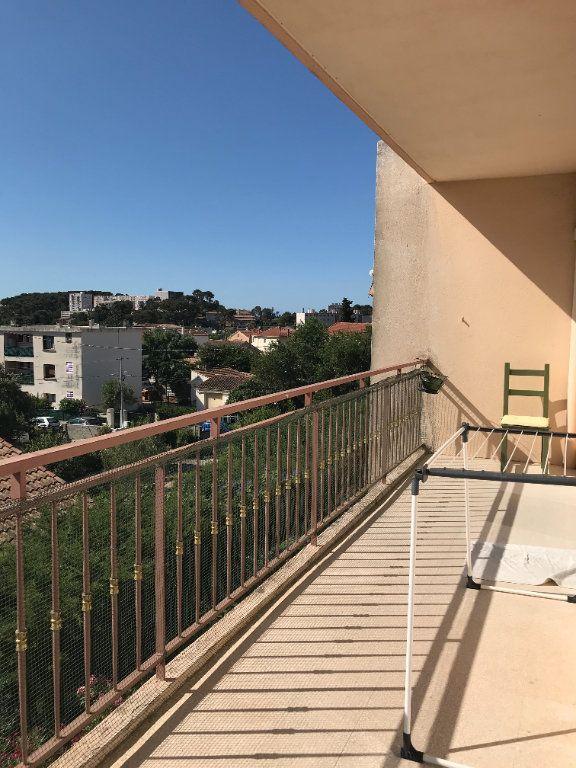 Appartement à louer 4 95.06m2 à Toulon vignette-2