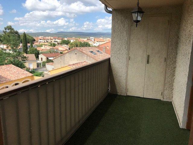 Appartement à louer 2 50m2 à Le Beausset vignette-1