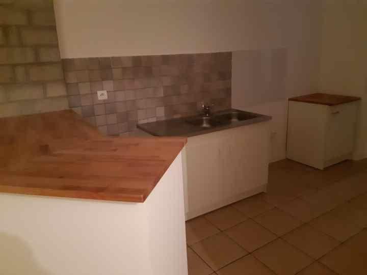 Appartement à louer 2 40m2 à Ollioules vignette-2
