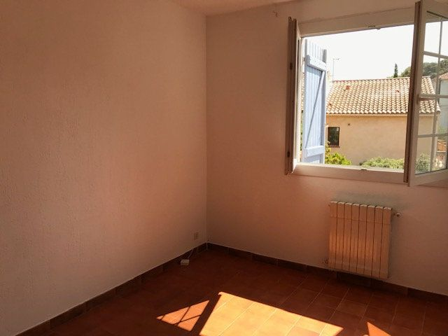 Appartement à louer 4 98.2m2 à Ollioules vignette-13