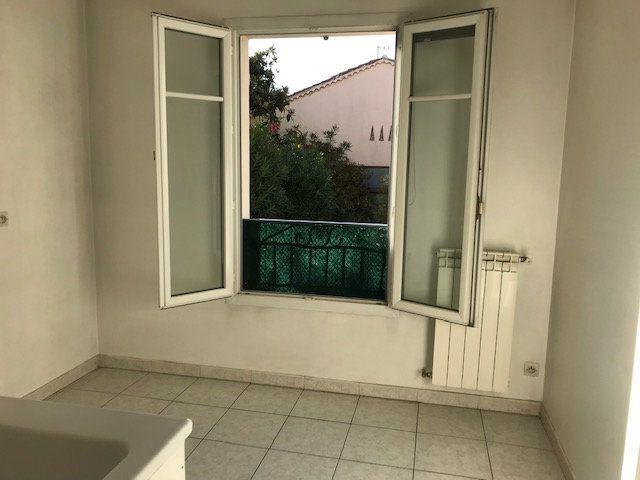 Appartement à louer 2 50m2 à Le Beausset vignette-6