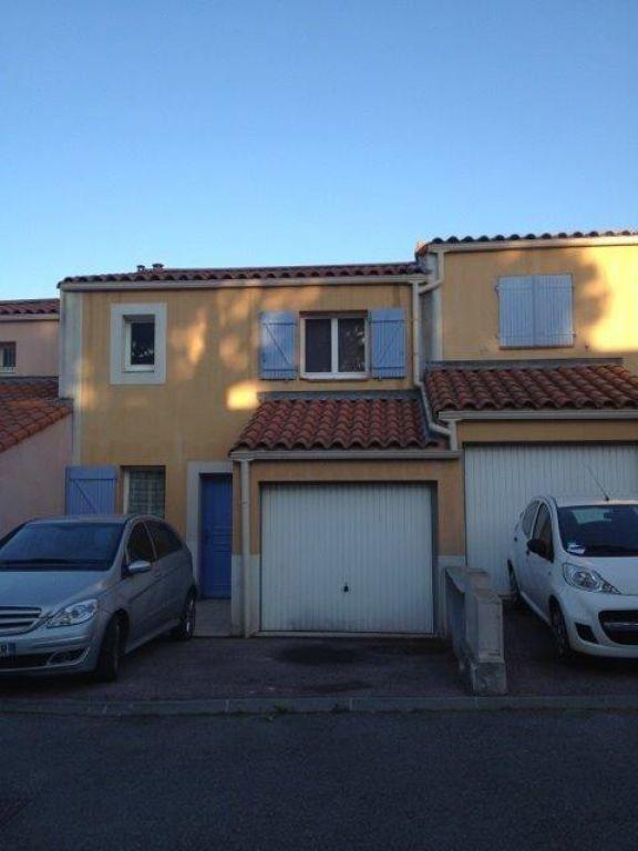 Maison à louer 4 86m2 à Sanary-sur-Mer vignette-1