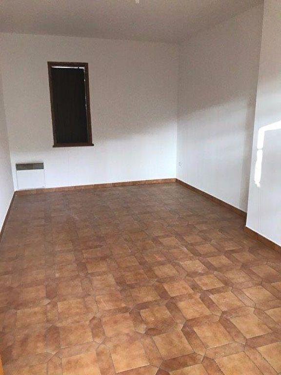 Appartement à louer 3 70m2 à Le Beausset vignette-4