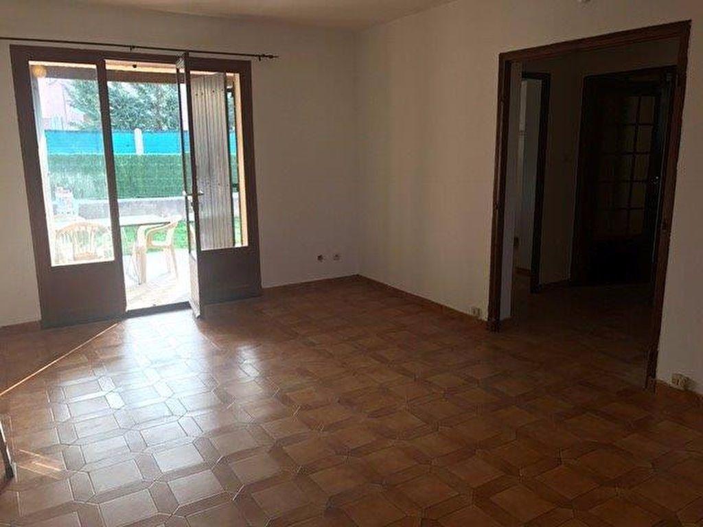 Appartement à louer 3 70m2 à Le Beausset vignette-7