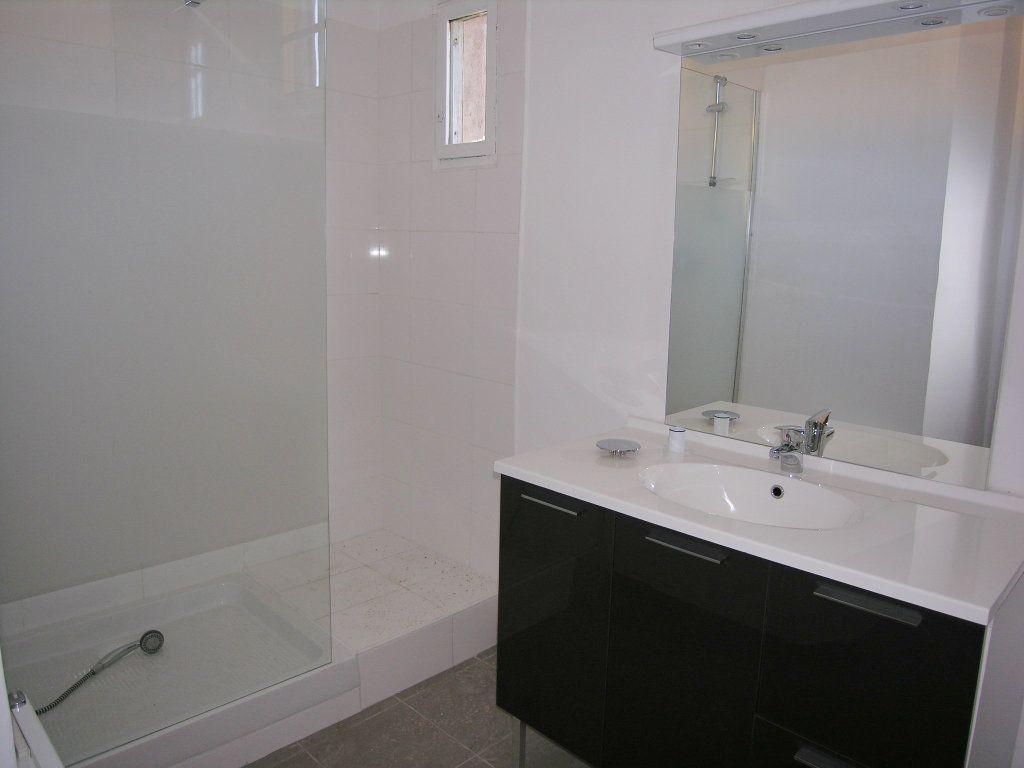 Appartement à louer 3 67m2 à Toulon vignette-7